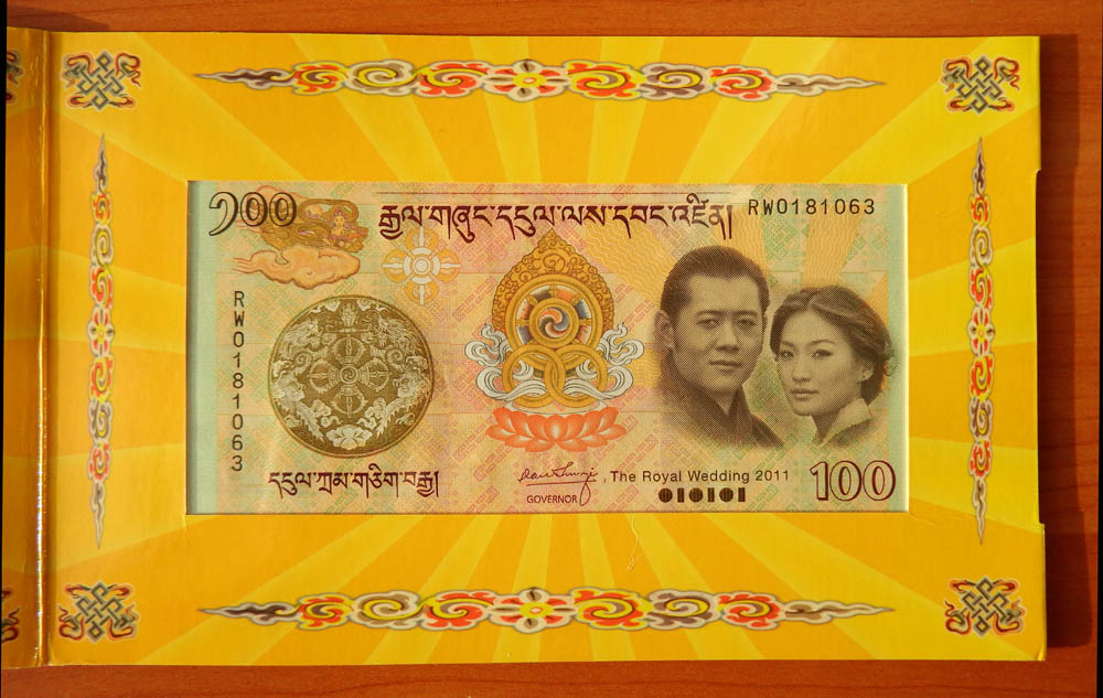 "BHUTAN 100 Ngultrum P-35 /""Royal Wedding/"" with Folder 2011 UNC"